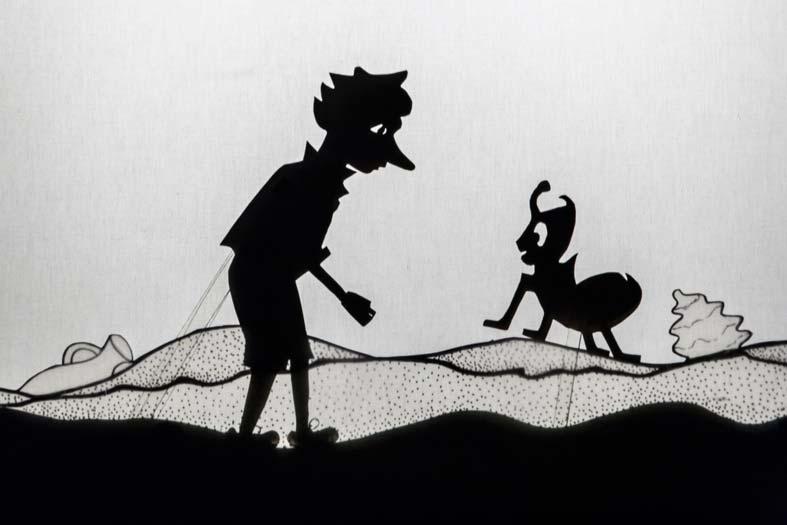 Pinocchio's shadow – La Puntual